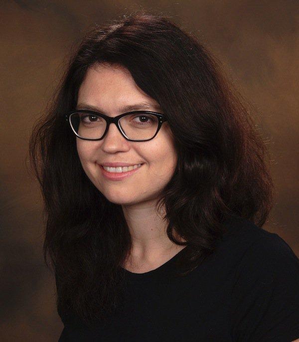 Marina Agranov headshot