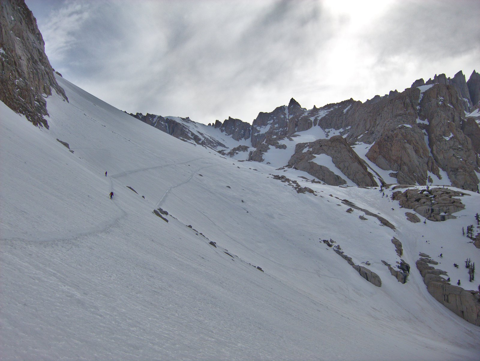 Skiing_Mt_Whitney_Trail_9