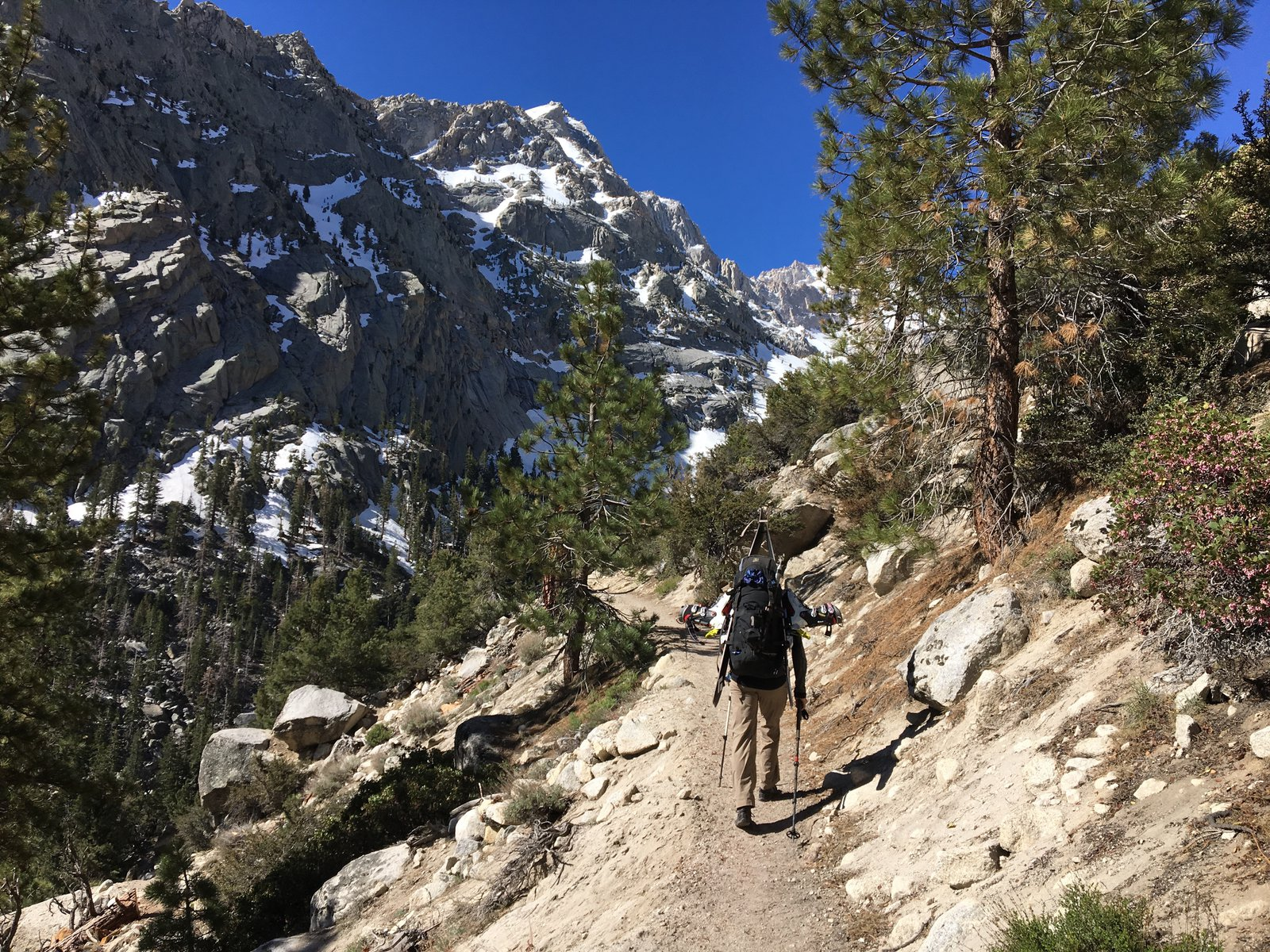 Skiing_Mt_Whitney_Trail_1