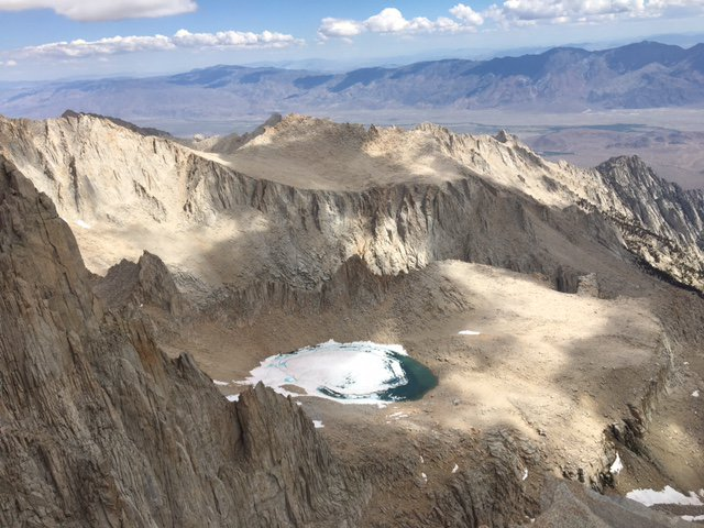 Mount_Whitney,_Keeler_Needle,_and_Mount_Muir_%22run%22_13