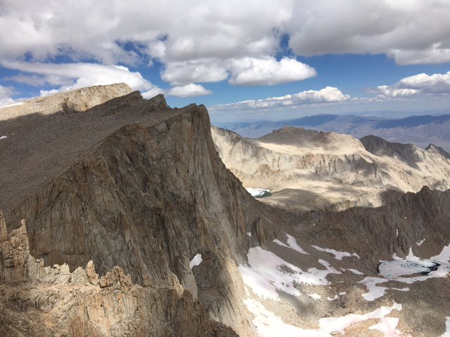 Mount_Whitney,_Keeler_Needle,_and_Mount_Muir_%22run%22_14