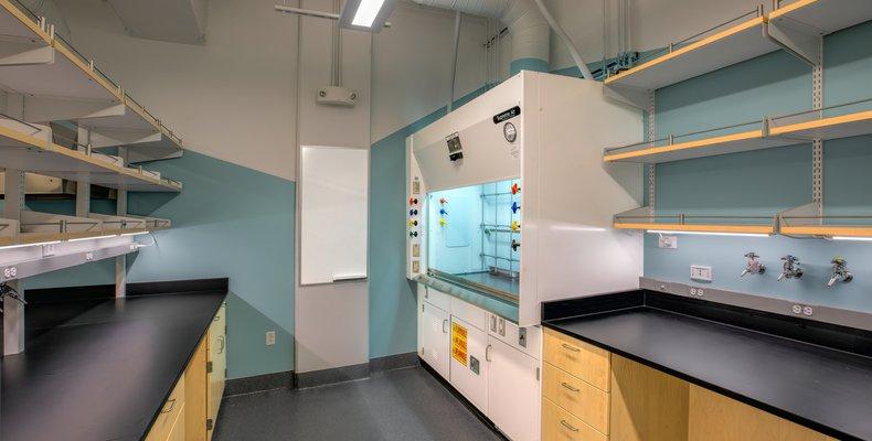 Cushing Lab (IMG23)