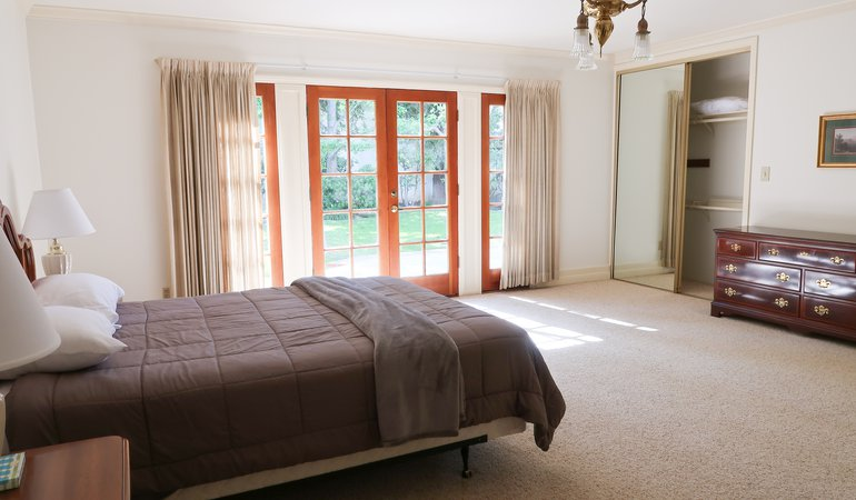 525 Bedroom