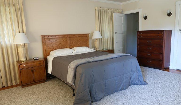 546 Bedroom 2