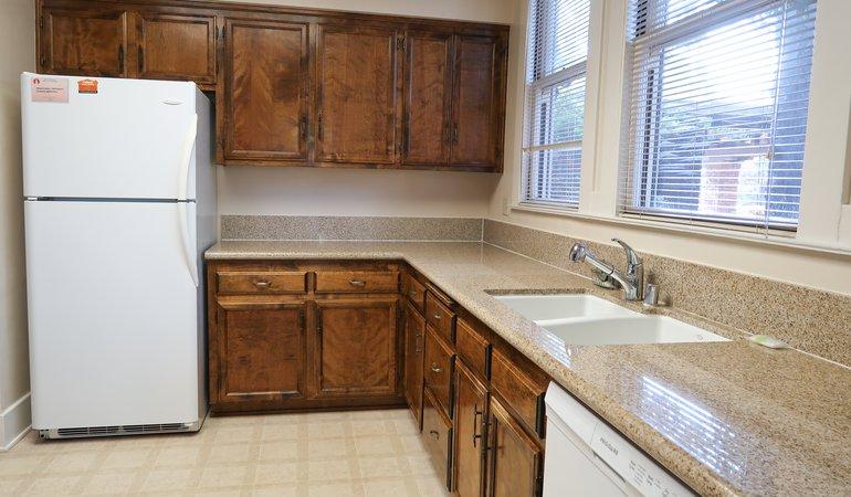 546 Kitchen