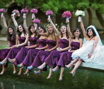 photo of bride and bridesmaids on Millikan Bridge