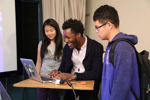 EE150 - Digital Ventures (2014)