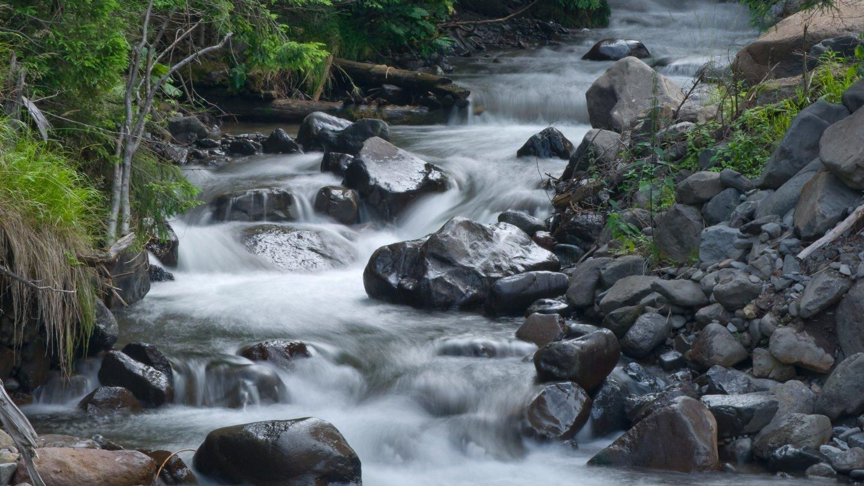 Mountain stream sediment morphology