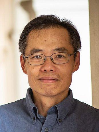 Headshot David Chan