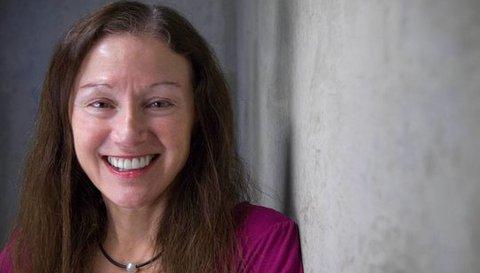 Headshot Marianne Bronner