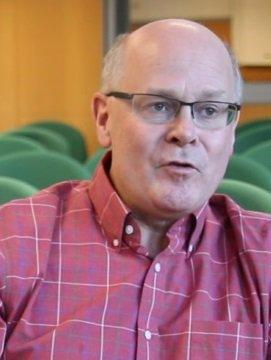 Headshot Joel Burdick