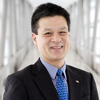 Headshot John Ngai