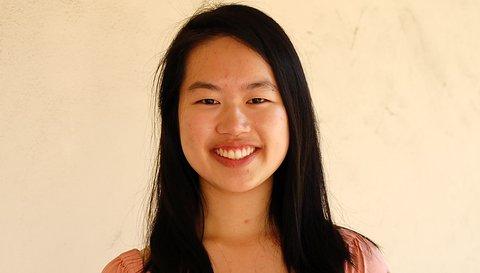 Headshot Sharon Chen