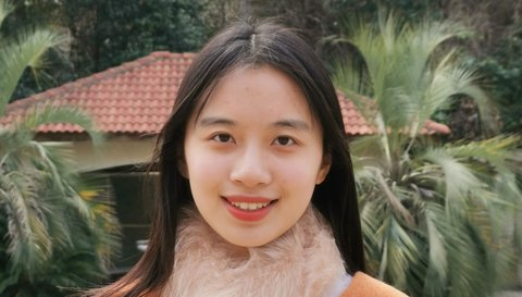 Headshot Qianying Wu