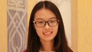 Headshot Ziqing Zhong