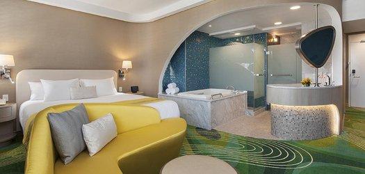 hotel constance room