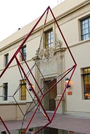 lindesculpture-3610-300pxls.jpg