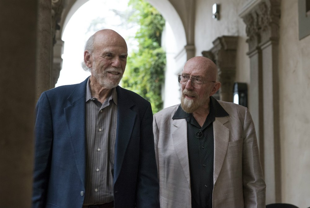 photo of Nobel Laureates Barry Barish and Kip Thorne