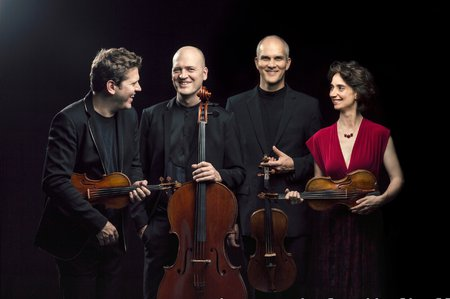 group photo of the chamber music group Cuarteto Casals