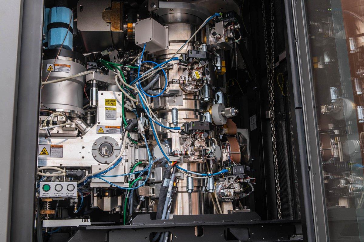 The Krios cryo-electron microscope